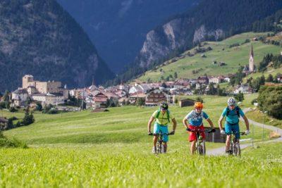 Tirol beleef je deze zomer op de fiets: Van meerdaagse e-mountainbike tochten tot het WK Wielrennen in Innsbruck en omgeving