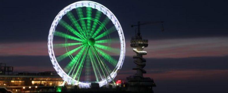 De wereld kleurt groen op St. Patrick's Day