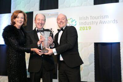 Pharos Reizen in de prijzen tijdens de Irish Tourism Awards vanwege sterke marketingcampagne